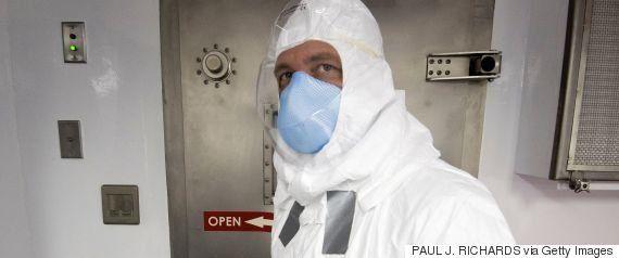 エボラ出血熱がコンゴで感染拡大、試験中のワクチンを使用するか協議