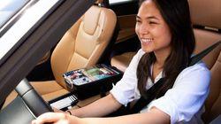 お菓子から充電器まで。Uber、ドライバーによる小物販売を実施へ