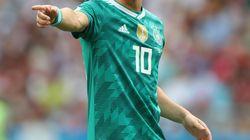 エジル、デビューからドイツ代表引退までを写真で振り返る