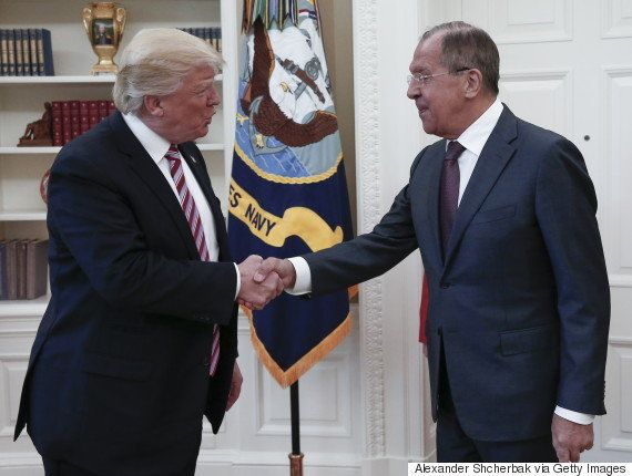 トランプ大統領、ロシアのラブロフ外相にISの機密情報開示か ワシントン・ポスト報じる