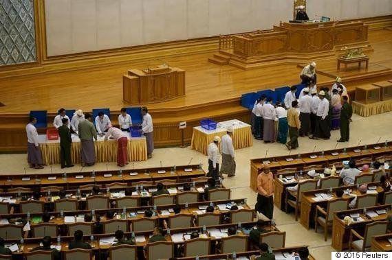 ビルマ:差別的な婚姻法、廃止を