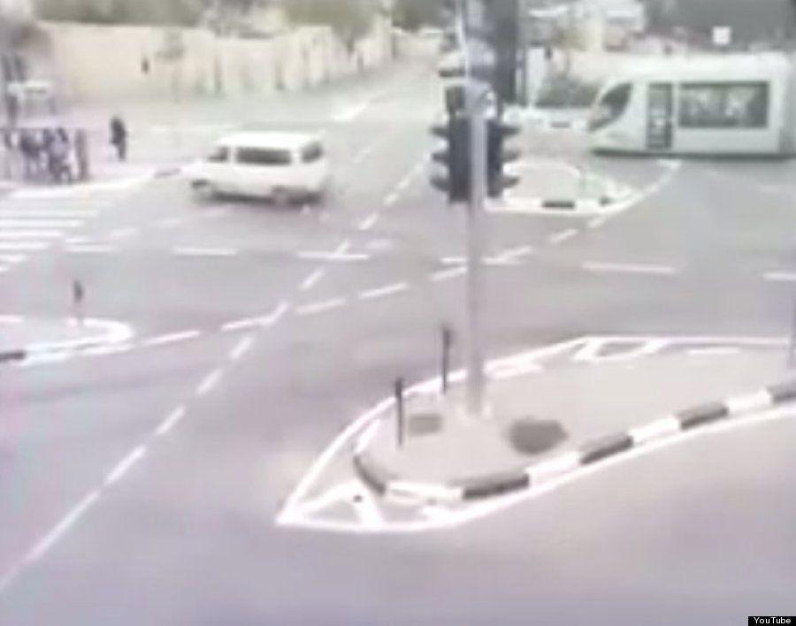 エルサレムでパレスチナ人による通行人への襲撃相次ぐ 緊迫の現場写真