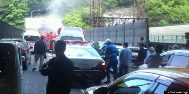 名神で事故 大津トンネル付近