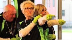 何歳だっていいじゃない!平均年齢83歳のヒップホップダンスチームが来日【動画】