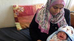 妊婦たちが、ガザ空爆にさらされている。「赤ちゃんを家に連れて帰れない」