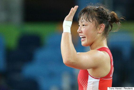 登坂絵莉が金メダル 残り13秒で逆転「信じてくれた家族に感謝」