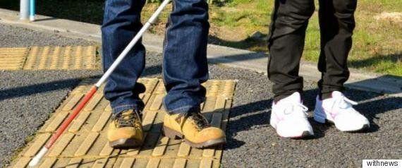 銀座線で盲導犬連れた男性がホームから転落死 相次ぐ事故に対策は