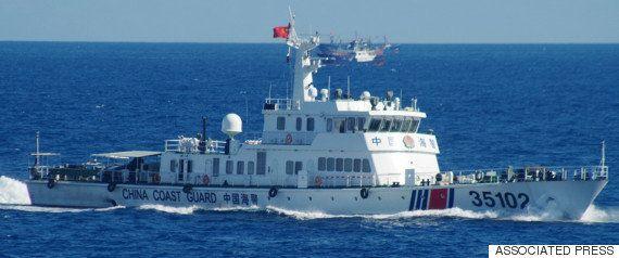 尖閣諸島で領海侵入する中国船の動画 海上保安庁が公開