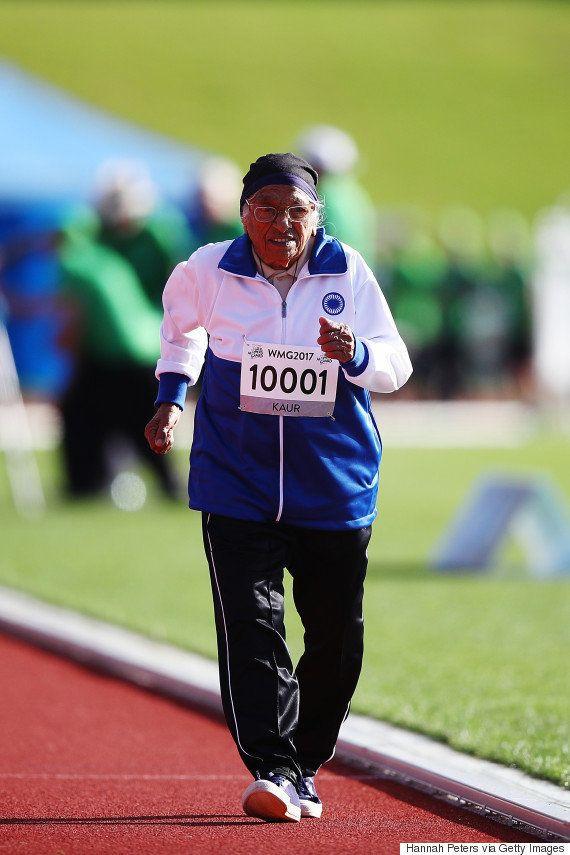 101歳の女性が100メートル走で最高齢記録 74秒で走りきる