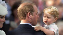 シャーロット王女、カメラ目線でパチリ イギリス王室が写真を公開