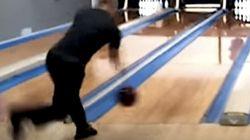 2分以内でパーフェクトゲームを達成した、ボウリング名人の早技を見よ(動画)