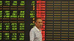 中国株、止まらぬ下落 個人投資家、当局に不信抱き「狼狽売り」