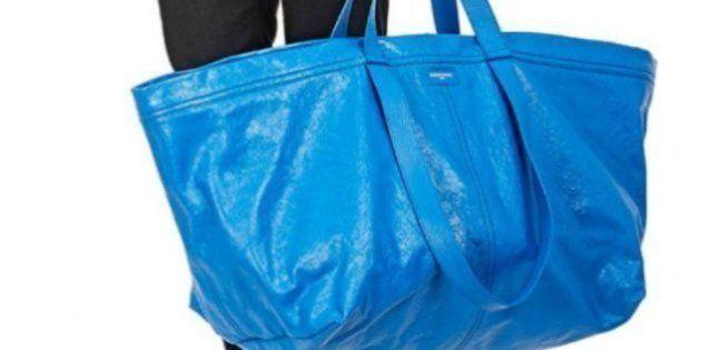20万円する「バレンシアガ」のバッグ、アレに似てる?(画像)