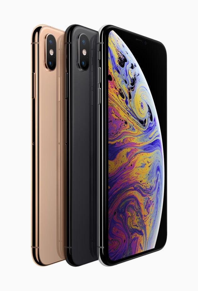▲現行iPhone Xと大差ないデザインのiPhone