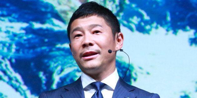 前澤友作氏、世界初の「月旅行客」に イーロン・マスク氏のスペースXと契約