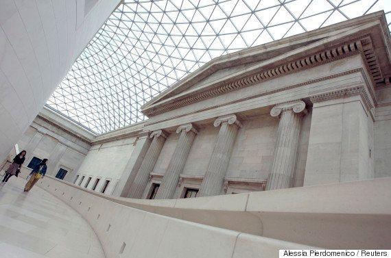 山本地方創生相「大英博物館は学芸員を全部クビにした」⇒大英博物館