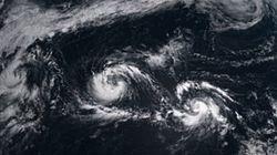 トリプル台風、ひまわり8号がとらえた(画像)