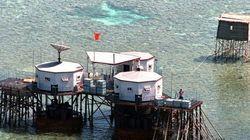 中国、領土紛争中の南シナ海にブロック設置