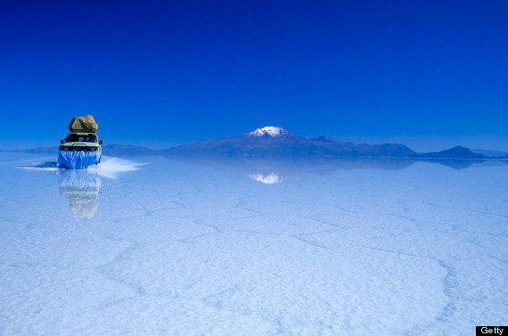 ボリビアのウユニ塩湖