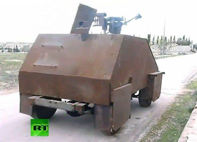 【ビデオ】手作り感満載のシリア反政府軍の戦車
