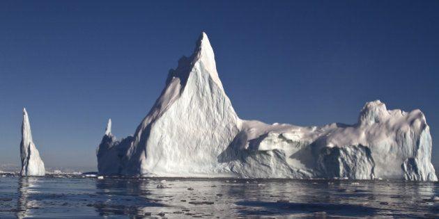 北極の永久凍土域の地温は積雪で上昇