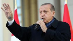 「トランプ氏、国民投票で権力拡大したエルドアン氏に祝辞」トルコ国営放送が報じる