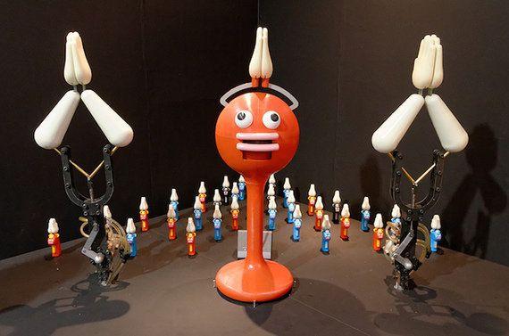 「スーパーロボット展」開幕 美少女アンドロイド、泳ぐペンギンロボなど30体を展示