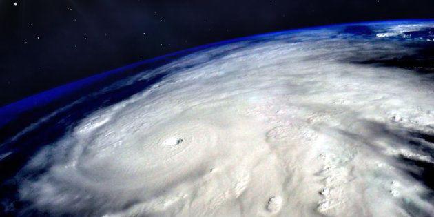 宇宙から撮影した台風の映像。画像はイメージ写真です。