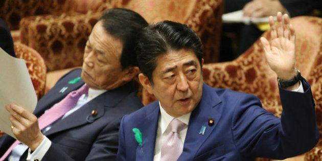 「北朝鮮が対話に応じるよう圧力を」安倍首相が答弁 避難民の日本流入も想定