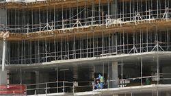 カタールW杯の「悲惨な建設現場」
