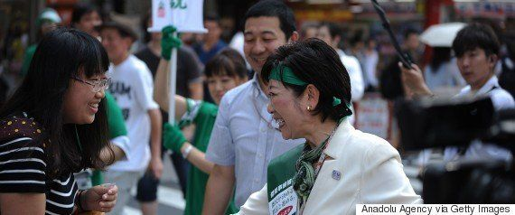 安倍首相「一本取られた」小池百合子知事と笑顔で握手 処分の行方は?