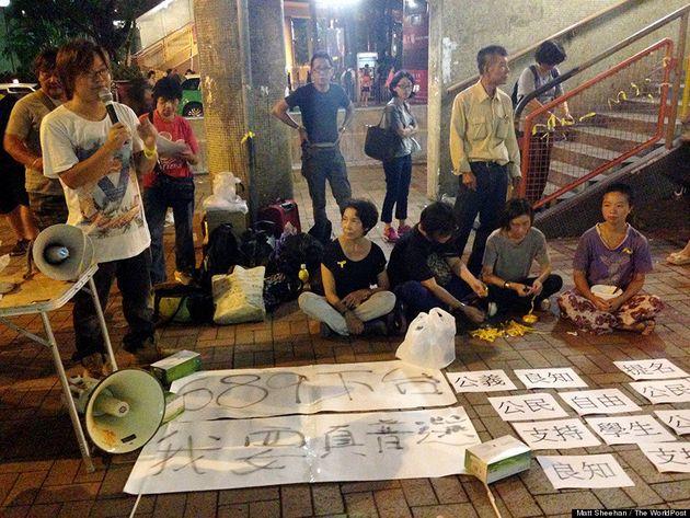 香港デモの矛先は、中国本土からの粉ミルク密輸業者にも向いている。なぜ?