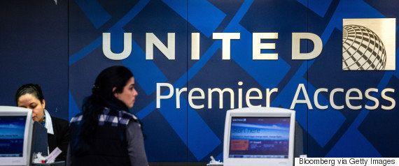 ユナイテッド航空機から引きずり出された乗客「鼻骨折、前歯2本折れていた」弁護士が明かす
