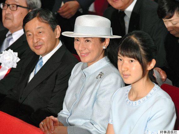 愛子さま、初めて公的式典に出席 ご一家で「水を考えるつどい」【画像集】