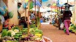 カンボジアの食費を大調査 水が15円、バナナ60円、月間食費は1万円