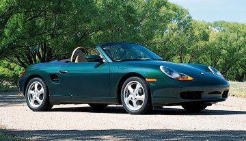 アメリカの自動車編集者が選んだ、100万円以下のオススメ中古車ベスト3!