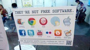 「フリーソフトウェアは、自由と繁栄を取り戻すための武器」──大統領から若者まで浸透するブラジルの自由ソフトウェア事情
