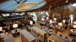 進化する公立図書館か?公設民営ブックカフェか?