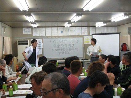 東日本大震災から5年、見過ごされてきた「除染作業員の健康問題」解決に取り組む若者