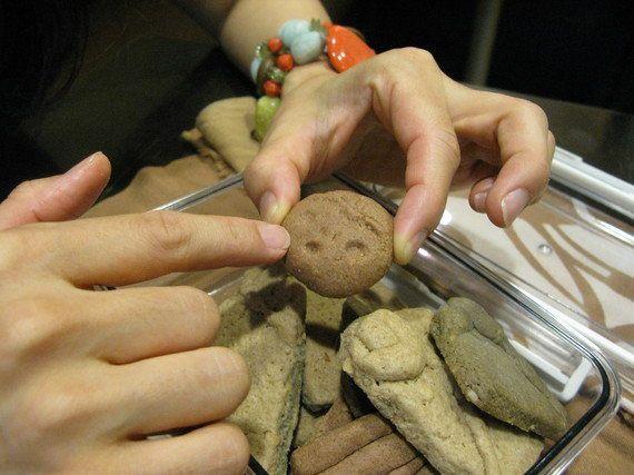 土偶女子・こんだあきこさんに土器片クッキーを渡してきた!