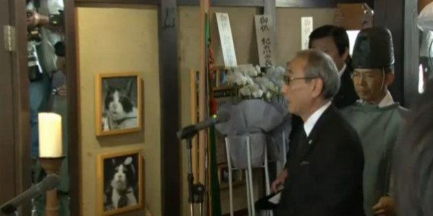 「たま駅長」社葬に3000人