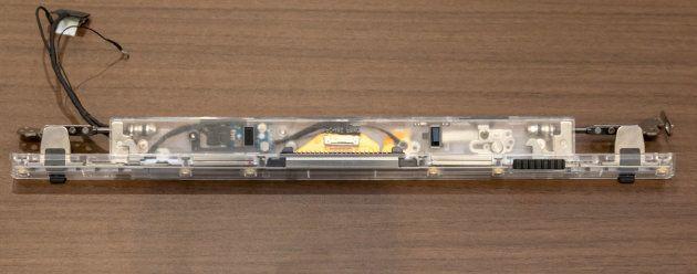 ▲構造がわかるように作られたクリアモデル。ロック部分は1枚の金属からなる