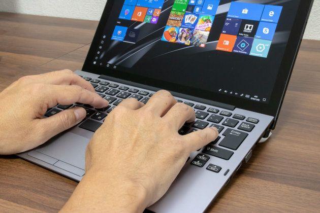 ▲やはりキーボードが使いやすいほうが作業が捗る。クラムシェルタイプと遜色なく使える