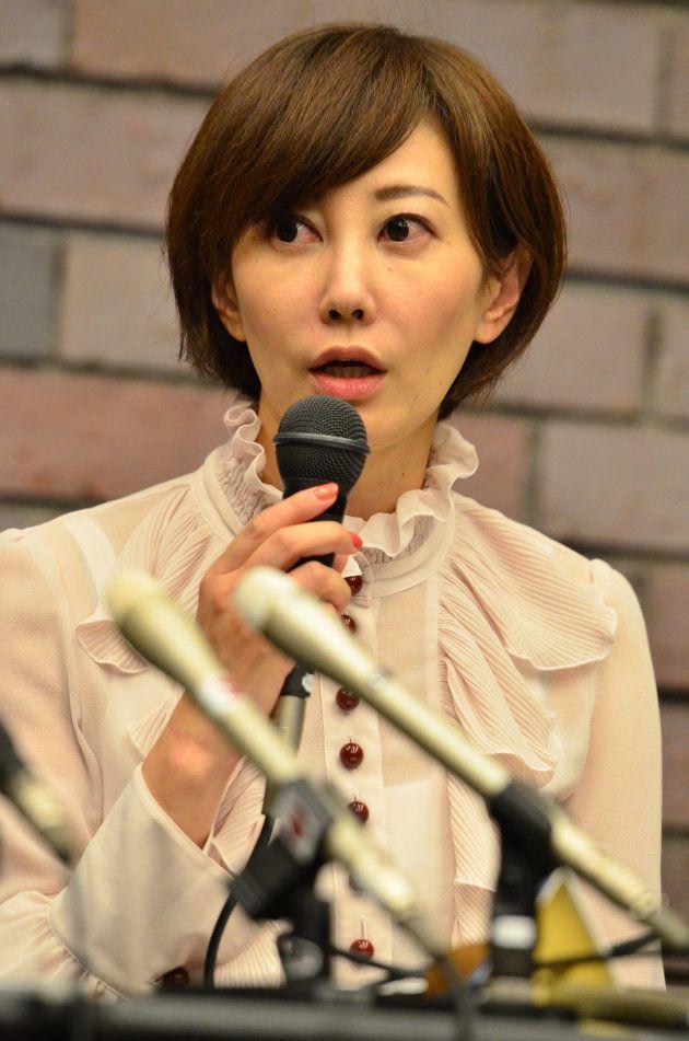 一審・大阪地裁の判決後、記者会見する亀石倫子弁護士=2017年9月、大阪市北区