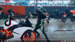クルマの前に飛び出して踊る、危険なTikTok投稿がインドで流行中。「ニル・ニルチャレンジ」とは?