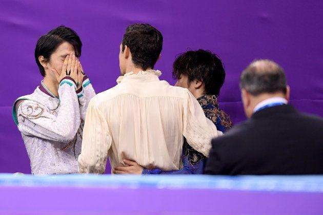 平昌大会では銀メダリストの宇野昌磨とともに健闘を称え合った。