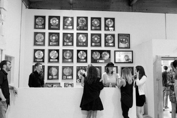 伝説のレコーディング・スタジオ「サウンド・シティ」でアート展示会開催