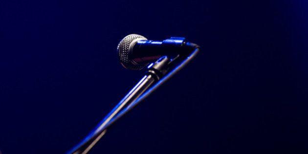 持ち歌の不本意なカバーをされた時に歌手は著作権法的に何ができるのか?