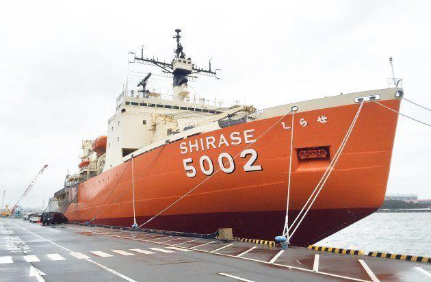 旧南極観測船の「SHIRASE」