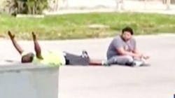 自閉症患者をなだめていた黒人療法士、無抵抗なのに警官に撃たれて手錠をかけられる(動画)